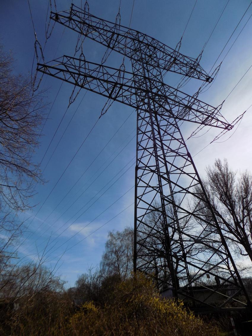Groß Wiremold Vista Strommast Ideen - Die Besten Elektrischen ...